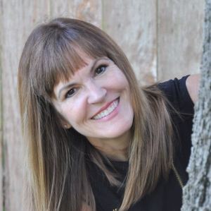 Tamie Dearen Featured in Fantasy Authors Unplugged